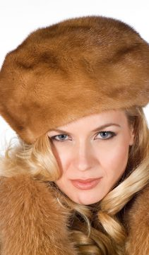 Golden-Dyed-Mink-Fur-Hat-Golden-Mink-Beret