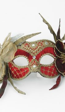 Party-Mask-Flowers-and-Lace-Red-Velvet