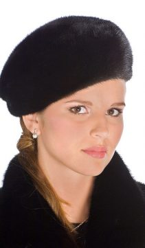 Ranch-Mink-Fur-Hat-Small-Black-Mink-Beret