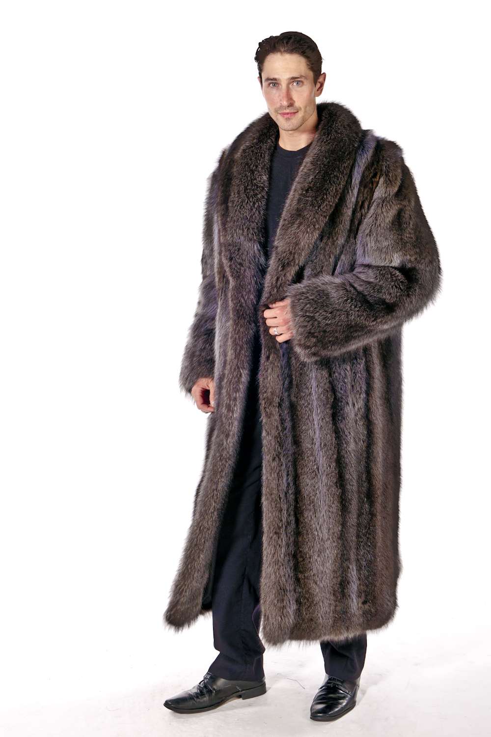 Browse our inventory of men's fur coats, jackets, accessories, and more. Get the latest in men's fur fashion without breaking the bank at Fur Clearinghouse.