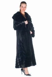 Sheared-Mink-Coat-Large-Ruffled-Collar