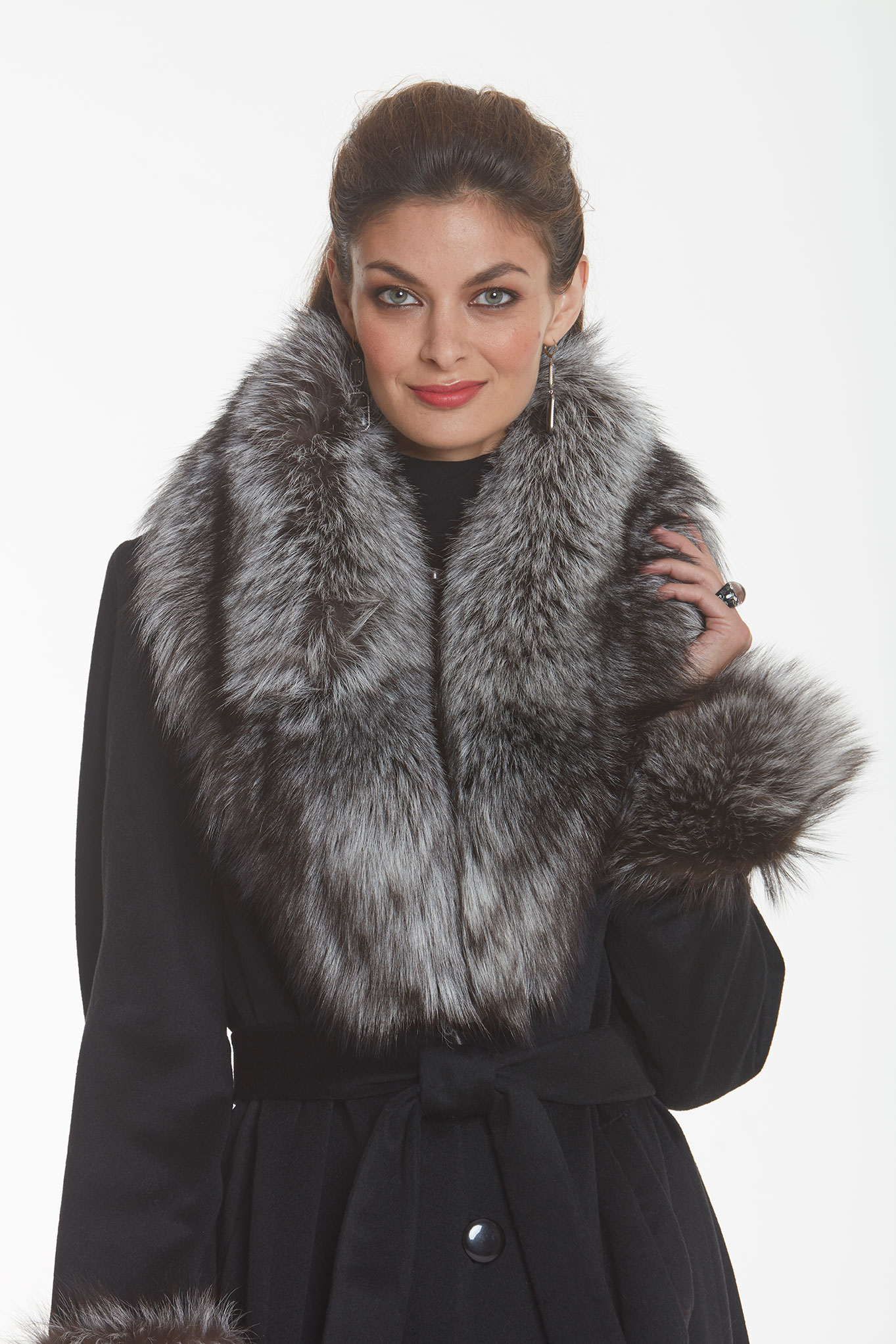 silver-fox-collar-cashmere-coat